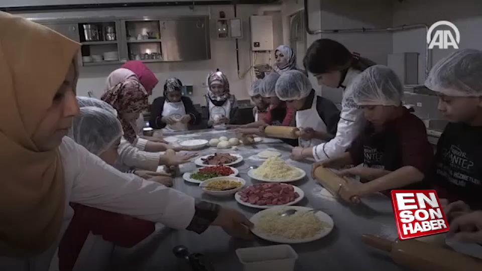Suriyeli minikler pizza ustası oldu