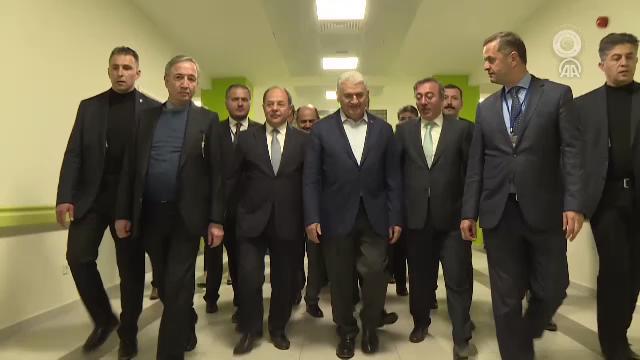 Başbakan Yıldırım, Isparta Şehir Hastanesi'ni ziyaret etti