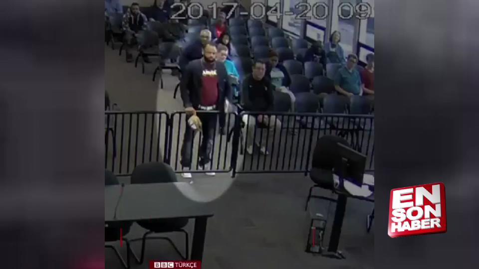 Mahkeme salonunda kokain torbası düşüren adam