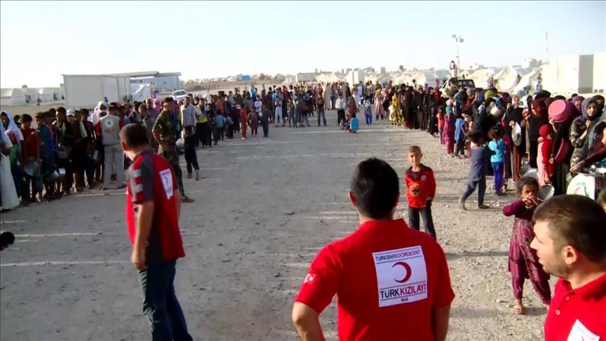 Türk Kızılayı Irak'taki 6 bin sığınmacıya iftar yemeği dağıttı