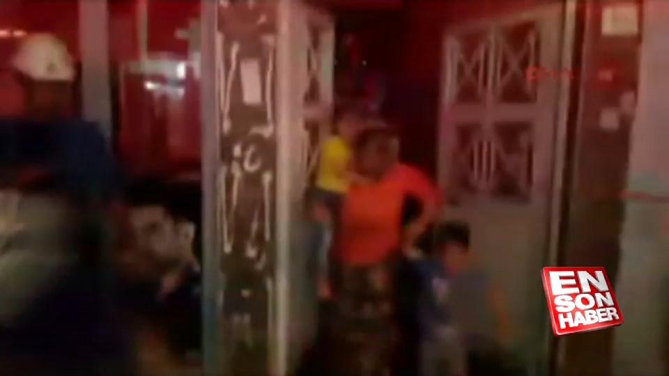 Suriyeli 25 kişinin kaldığı evde yangın çıktı