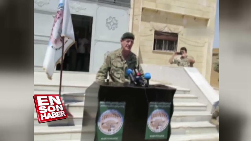 İngiliz komutan YPG'yi ziyaret etti