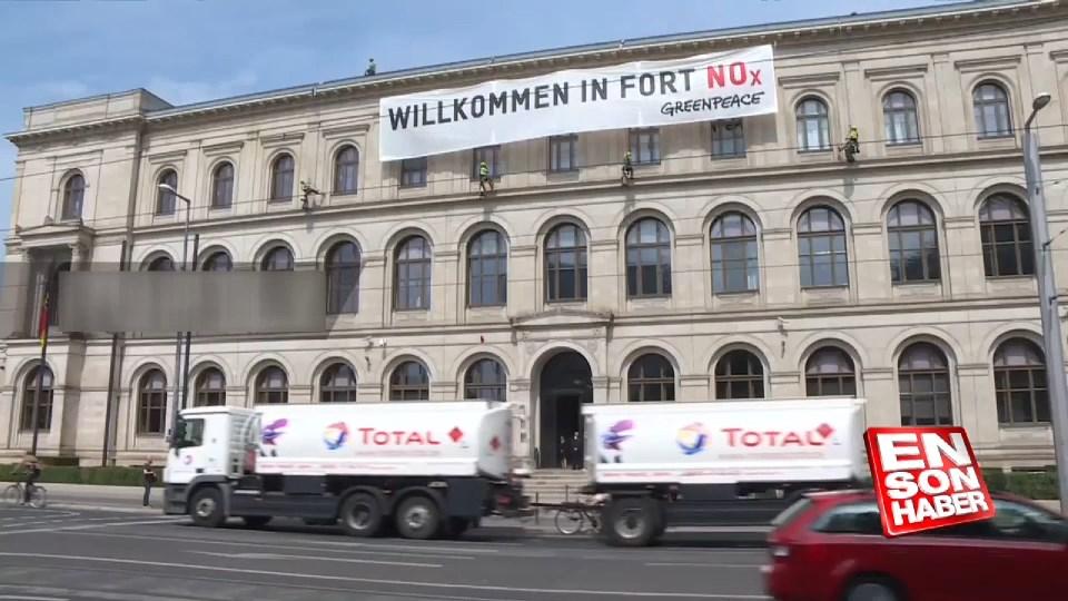 Greenpeace eylemcileri Dizel Zirvesi' ni protesto etti