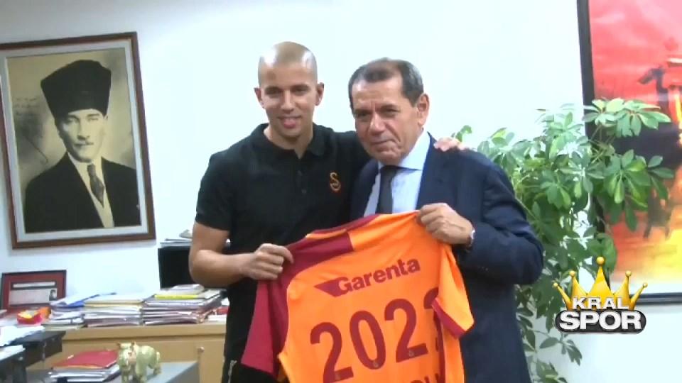 Galatasaray'dan Feghouli videosu