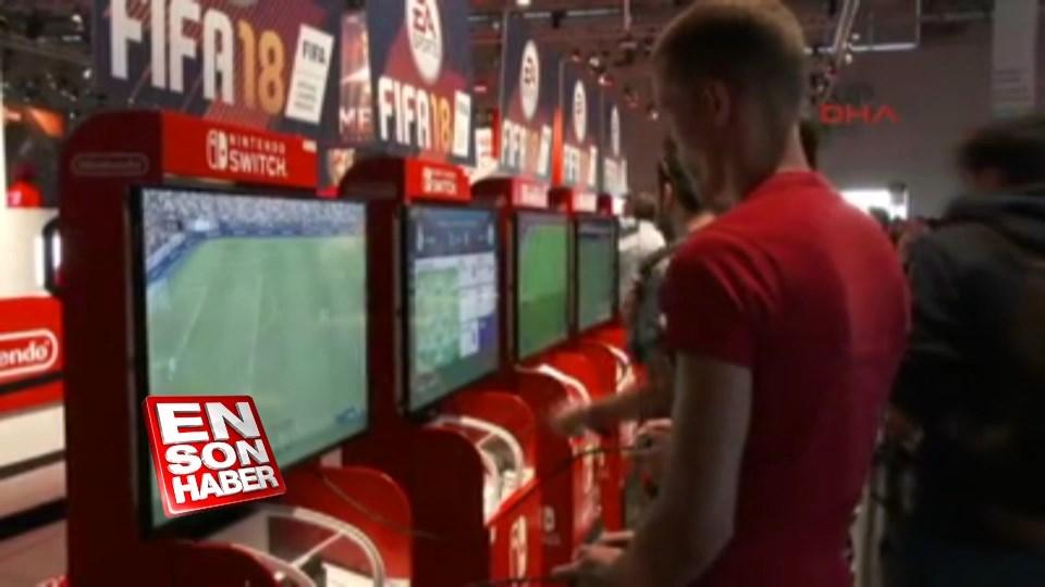 Oyun meraklıları Gamescom'a akın etti