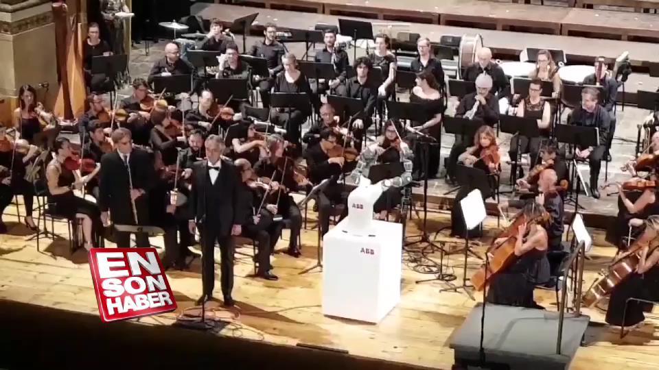 Orkestrayı 'yapay zeka' yönetti
