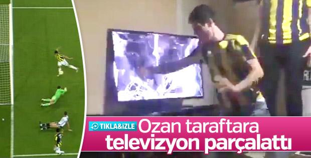 Ozan golü kaçırdı taraftar televizyonu kırdı