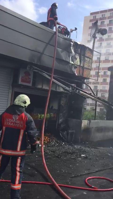 Ataköy Metrosu'nda yangın