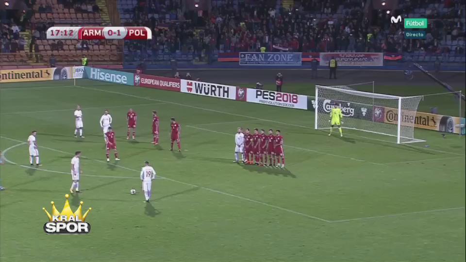 Lewandowski'nin Ermenistan'a attığı harika frikik golü