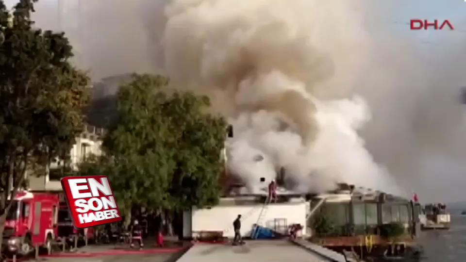 Rumeli Hisarı İskelesi'nde yangın çıktı