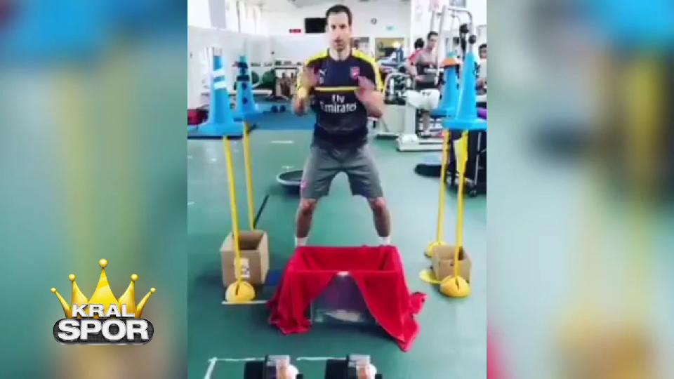 Petr Cech'in ilginç çalışma metodu