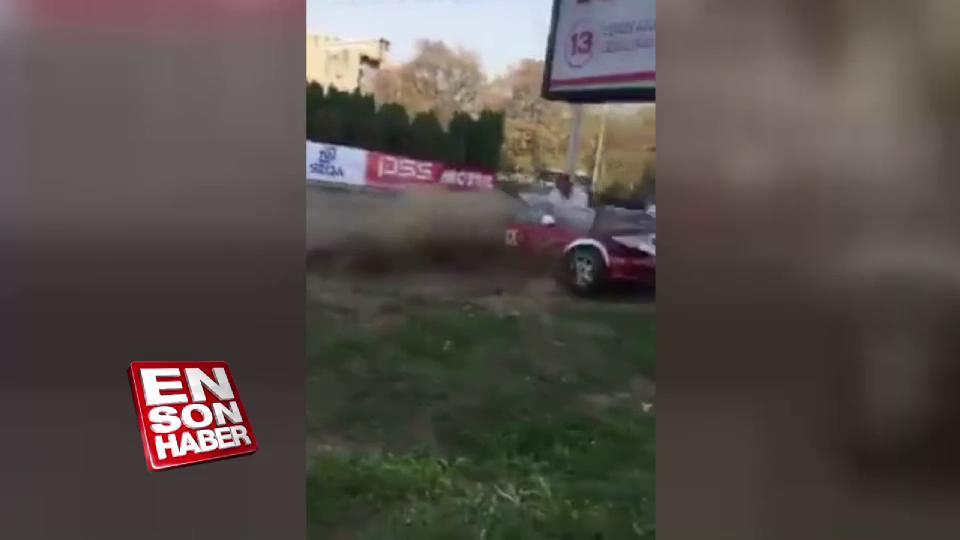 Yarış sırasında freni patlayınca seyirciye çarptı