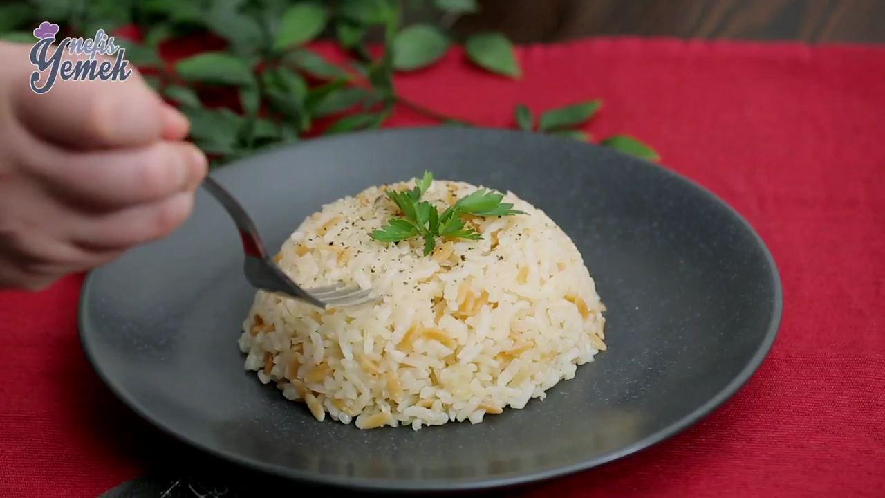 Şehriyeli Pirinç Pilavı Tarifi Videosu