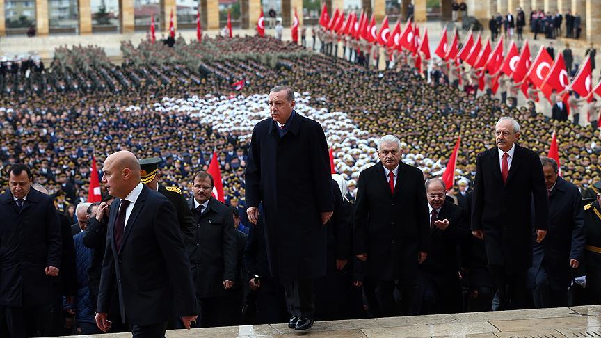 Erdoğan: Cumhuriyetimize hayat veren ruh dimdik ayaktadır
