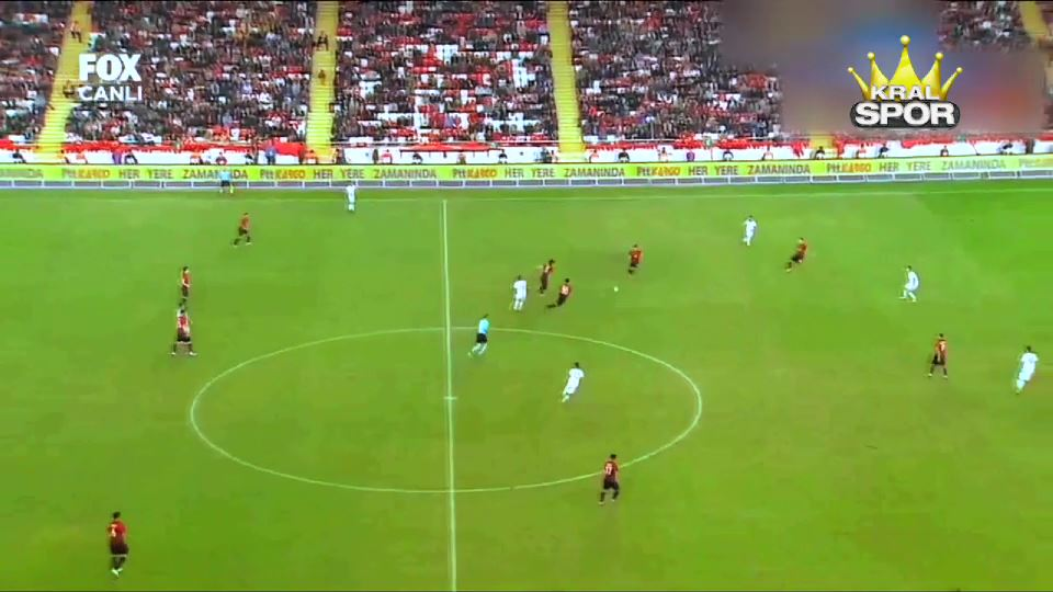 Emre Akbaba'nın Arnavutluk'a attığı güzel gol