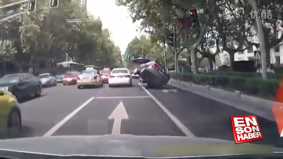 20 kilometre hızla giderken kaza nasıl olur?