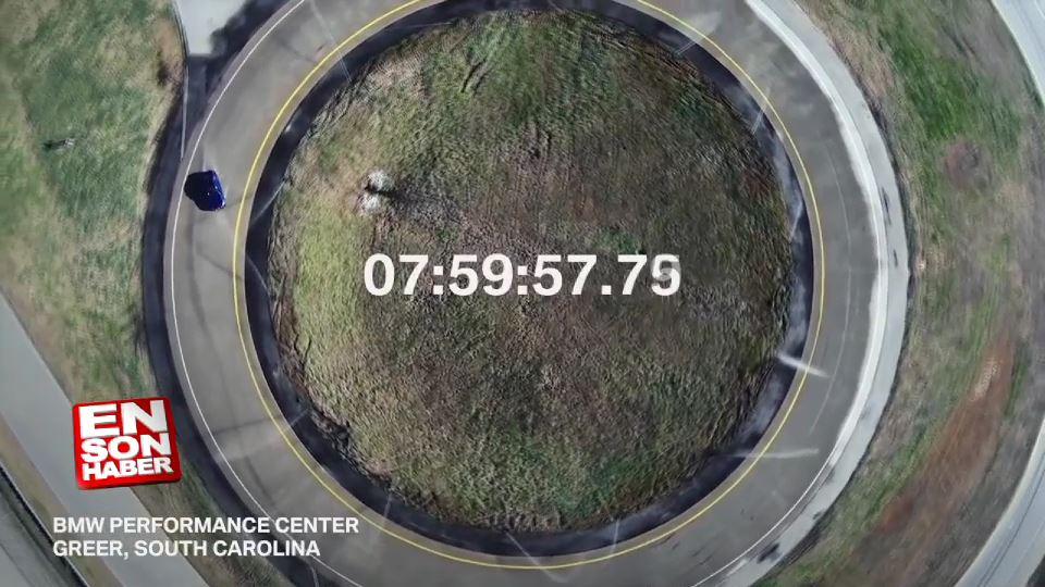 BMW M5'le 8 saat boyunca drift yaptılar