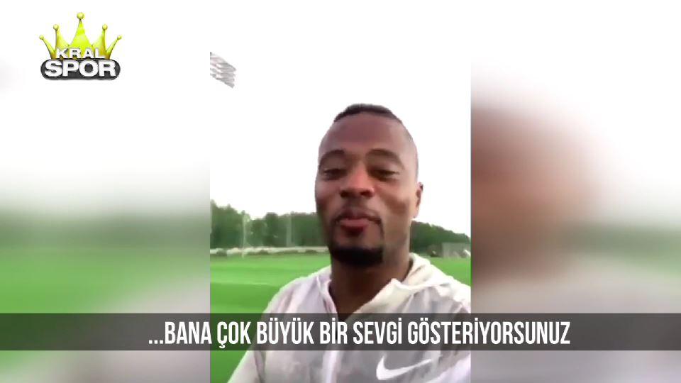 Evra Galatasaray taraftarına teşekkür etti