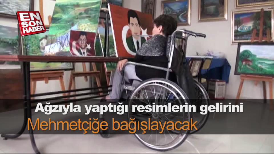 Ağzıyla yaptığı resimlerin gelirini Mehmetçiğe bağışlayacak