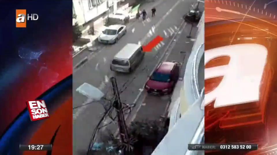 Kavga ettiği gençleri minibüsle ezmeye çalıştı