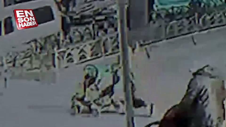 Fatih'te motorcu, bebek arabasına çarptı
