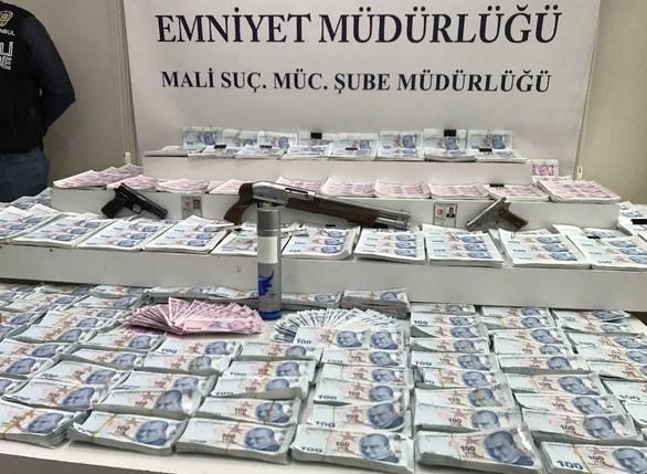 Sahte para üreten şebekeye operasyon