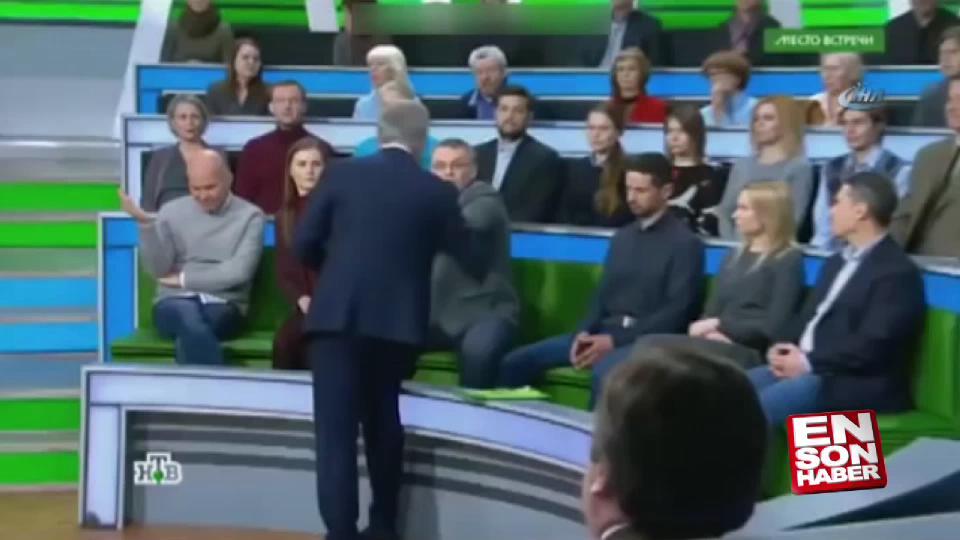 Rusya'da canlı yayında yumruklu kavga
