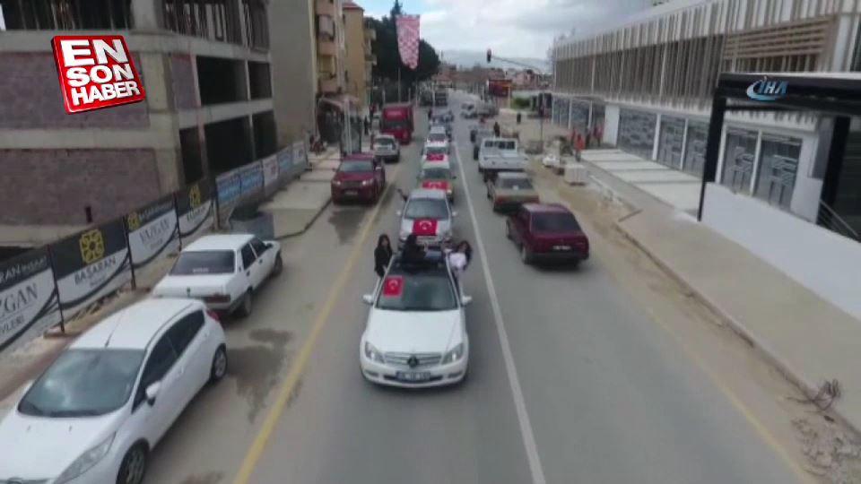 Öğretmenlerden Afrin'e destek konvoyu havadan görüntülendi