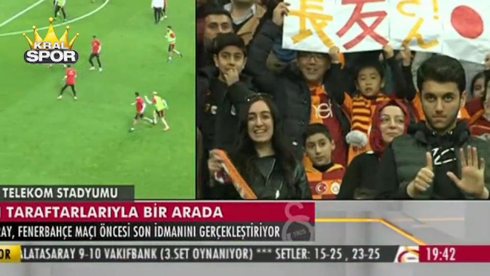 Galatasaray idmanında bir taraftar 6 işareti yaptı