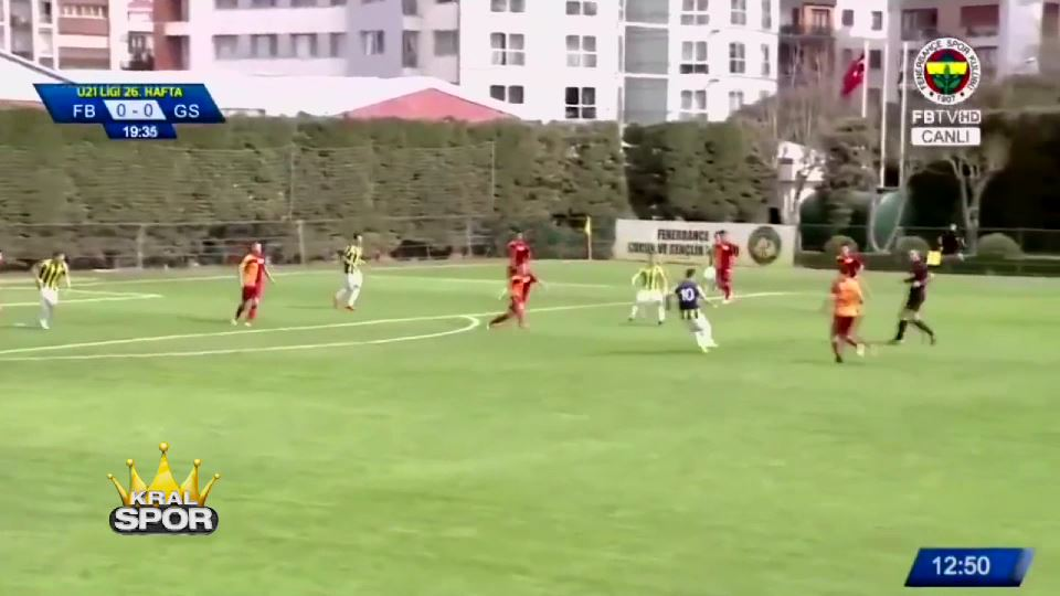 Samed Karakoç'un U21 derbisinde G.Saray'a attığı nefis gol
