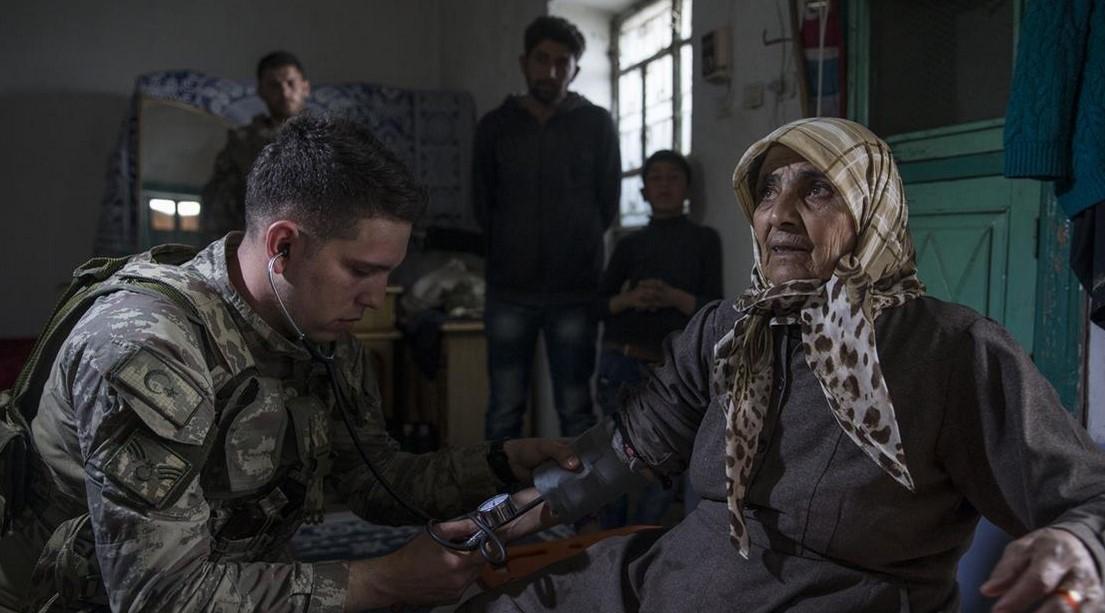 Mehmetçik'ten Afrin'de yardım eli
