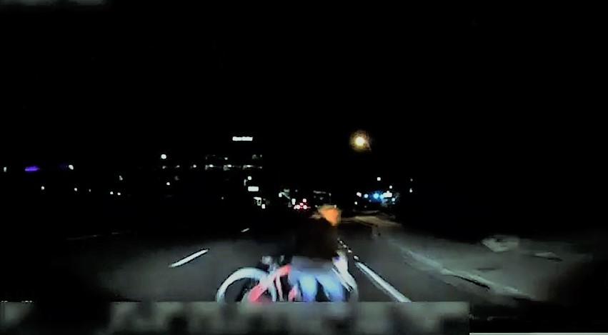 Sürücüsüz UBER aracının kaza anı