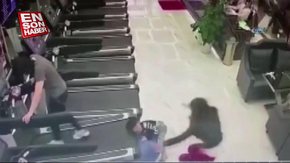 Çin'de spor salonunda görünmez kaza