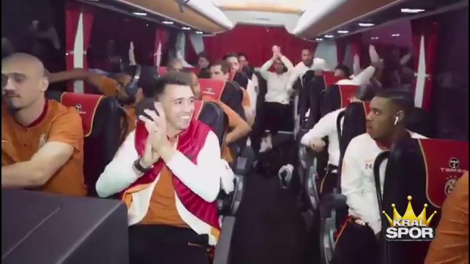 G.Saraylı futbolcuların motive olmak için dinledikleri şarkı