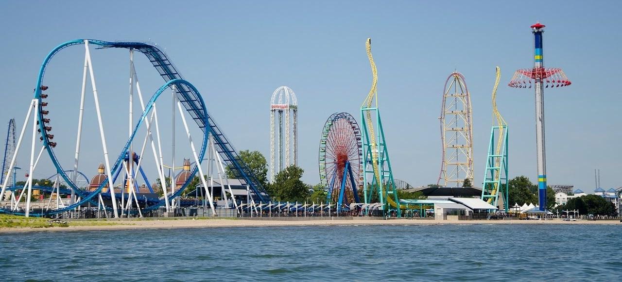 Cedar Point Eğlence Parkında hız trenine binmek