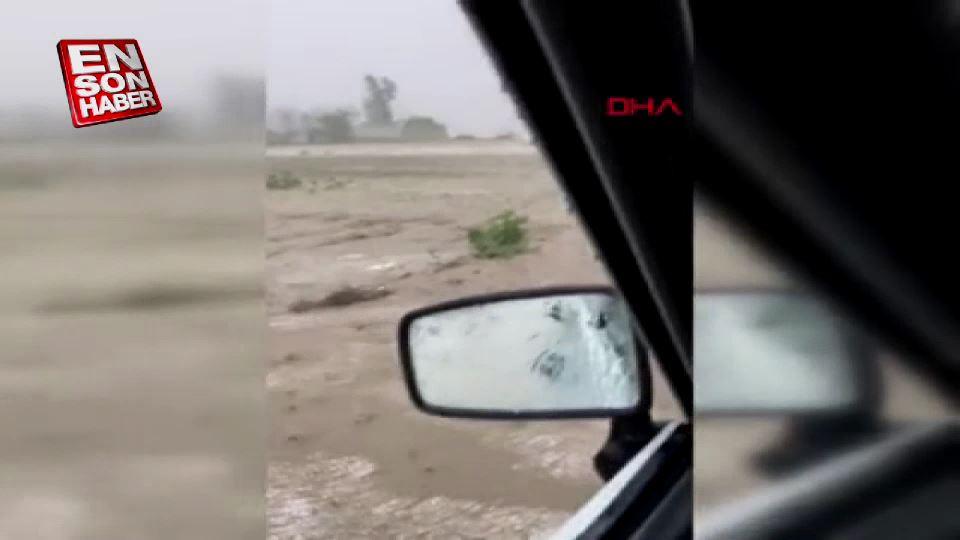Adana'da şiddetli dolu yağışı, çifçiyi vurdu