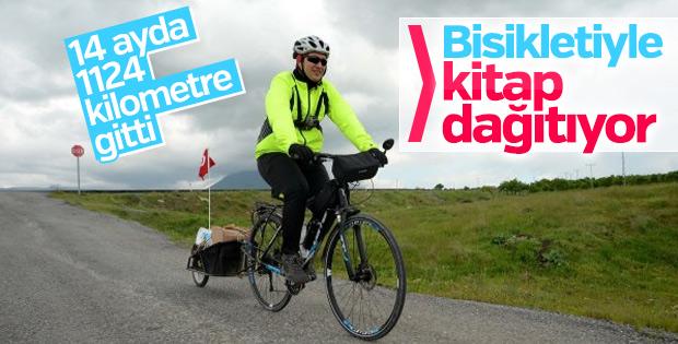 Kitap için 14 ayda 1124 kilometre pedal çevirdi