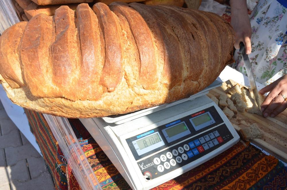 80 liralık Osmanlı ekmeği
