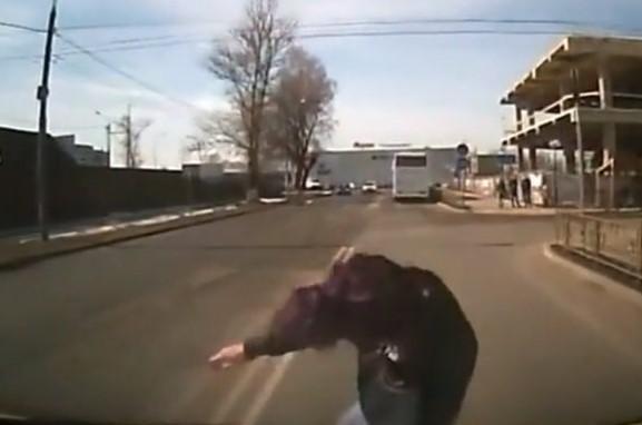 Rusya'da trafikte sistemli dolandırıcılık yöntemi