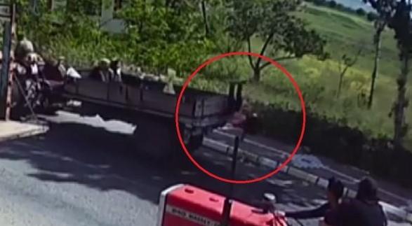 Nevşehir'de küçük kız traktörün kasasından düştü