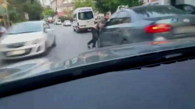 Kartal'da çarptığı aracın sürücüsünü ölüme sürükledi