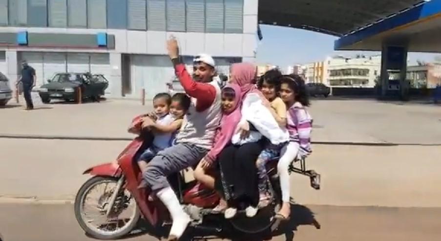 8 kişilik ailenin motosiklet yolculuğu