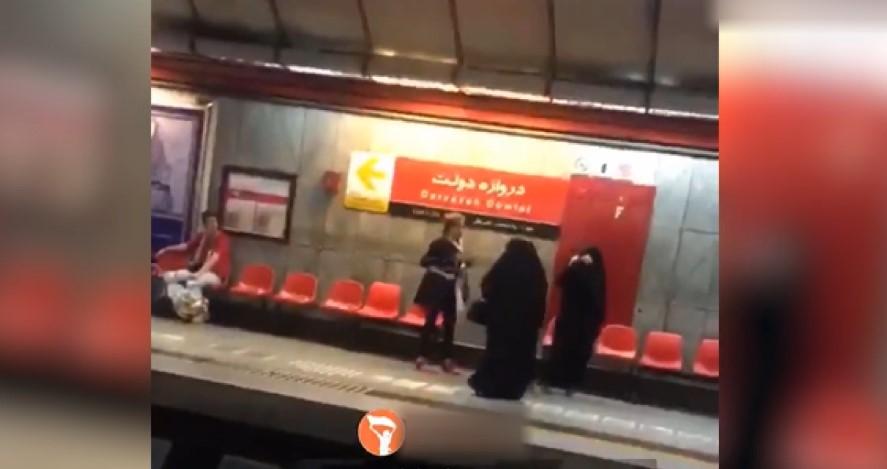 İranlı kadının ahlak polisine attığı tekme
