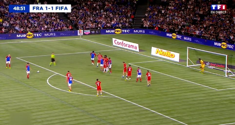Zidane'ın harika frikik golü