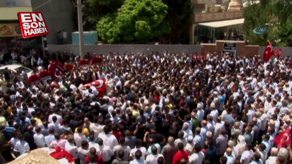 Suruç'ta cenazede büyük kalabalık