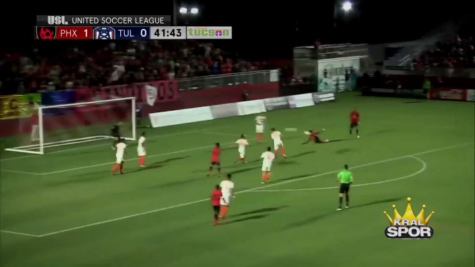 Jason Johnson'dan harika vole golü