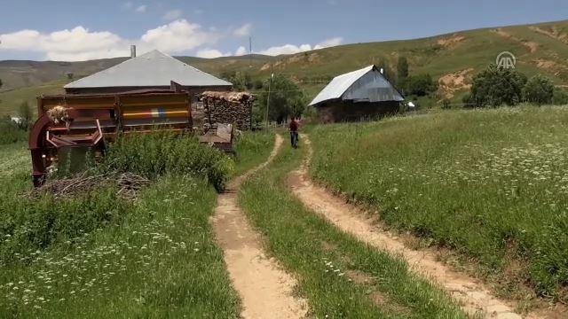 Teröristlerden temizlenen köylerinde huzuru yaşıyorlar