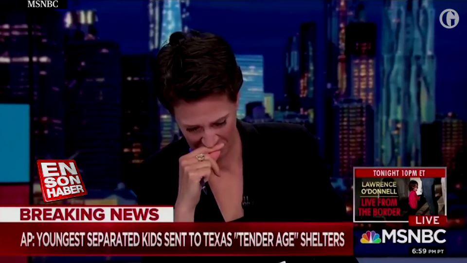 Spiker Trump'ın yasasını sunarken canlı yayında ağladı