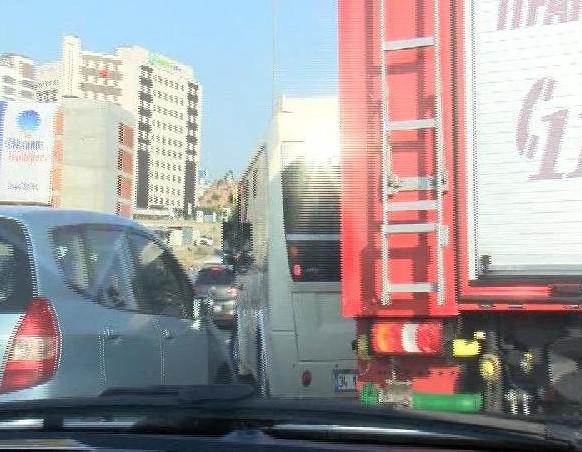 İtfaiyeden minibüs sürücüsüne tepki: Aferin minibüs